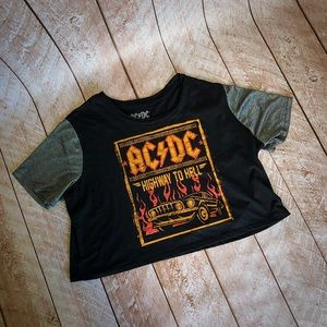 Rad AC/DC PLUS SIZE 2x CROP TOP
